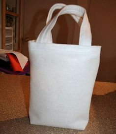 Learn How to Make a Tote Bag