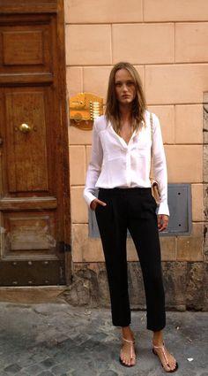 Karmen #Pedaru- You can't go wrong with classic pieces- breezy white button-down, black capris, beige sandals. #Workchic