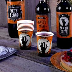Pack of 8 Graveyard Gathering Paper Cups -  Perfect for a Adult or Teenage party matching tableware and decorations available.