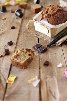 Gâteau moelleux aux Carambars Bonbon Caramel, Caramel Mou, Food Inspiration, Banana Bread, Sweet, Desserts, Creme Caramel, Food, Recipes