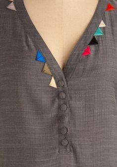 New Stylish & Trendy Kurti Neck Designs For Your Amazing Look - Kurti Blouse Diy Clothing, Sewing Clothes, Mom Clothes, Kurta Designs, Blouse Designs, Latest Kurti Designs, Fashion Details, Diy Fashion, Fashion Design