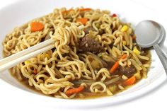 I'm in LOVE with this main course noodle bowl and I'm excited to have you try it! I adore Asian noodle bowls. The key to a good tasting one is in the broth. The other goodies are just a bonus. I'm happy to say this broth really delivers. It's rich and flavorful and loaded with steak, ramen noodles and oodles of veggies. Each bowl has 240 calories, 7 grams of fat and 7 Weight Watchers SmartPoints. Prep Time: 20 minutes Cook Time: 15 minutes Ingredients 1 cup onions, chopped 1 cup red bell…
