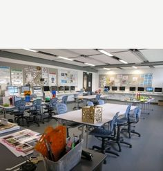 Discovery College | Furnware  Technology Room