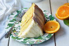 Homemade Orange Cake with Sweet Orange Cream Cheese Frosting. The best moist orange cake recipe with homemade orange frosting. Baking Recipes, Cake Recipes, Dessert Recipes, Desserts, Best Moist Orange Cake Recipe, Fresh Fruit Cake, Orange Frosting, Traditional Cakes, Orange Recipes