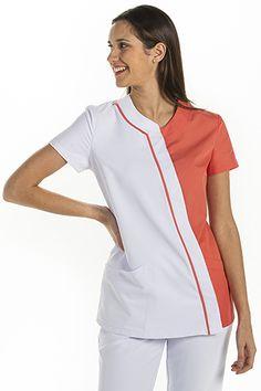 Stylish Scrubs, Spa Uniform, Scrubs Outfit, Fajardo, Medical Uniforms, Medical Scrubs, Nursing Clothes, Scrub Tops, Sewing Patterns Free