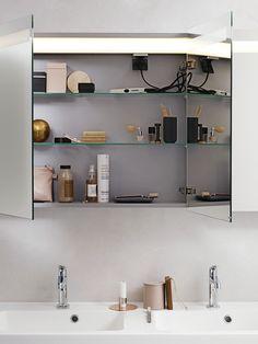 Dansani Luna - Countless possibilities in your bathroom regardless of size and shape. See Luna bathroom furniture at Dansani and get inspiration for your bathroom. Mirror Cabinets, Modular Furniture, Wet Rooms, Shower Enclosure, Bathroom Furniture, Home Renovation, Bathroom Medicine Cabinet, Bathroom Stuff, Bathroom Ideas