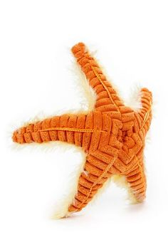 WHAT'S INCLUDED: From a realistic design and distinctive facial markings, this plush Starfish is simply irresistible! This plush Seastar is huggable, hand-washable, soft, shed-free and made from high quality acrylic, polyester and stitching to ensure added safety!  	 DIMENSIONS: Measuring at 9 Inches tall, our adorable Starfish stuffed animals are comfortable and soft to the touch! The perfect size for at home and take on the go play!  	 MULTI-PURPOSE: Expand your child's interest in…