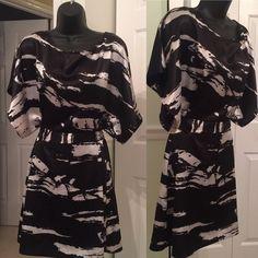 Black and White Printed Silk Belted kimono dress Great condition. BCBGMaxAzria Dresses Mini