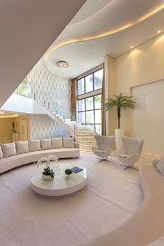 Easy Home Decor For Everyone Home Interior Design, House Interior Decor, House Rooms, Luxury Living Room, Home Room Design, Modern House Design, Home, Modern Architecture House, Home Decor
