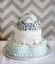 Cinderella's dress & carriage cake