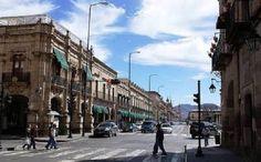 La Secretaría de Servicios Públicos Municipales del Ayuntamiento de Morelia, a través de la Dirección de Mercados, implementa acciones tendientes a mantener el orden y la seguridad en esta zona ...