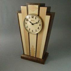 Art Deco Mantle Clock by Michael Benton Clock Art, Diy Clock, Clock Ideas, Old Clocks, Antique Clocks, Art Nouveau, Lampe Art Deco, Design Tisch, Displays
