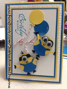 Owl Punch Punch Art Despicable Me! Minion Hand-Made. She has a few different cards using the minions. Also has a photo showing how to cut the owl punch to create minions. Birthday Cards For Boys, Bday Cards, Happy Birthday Cards, Minion Birthday Card, Birthday Wishes, Minion Card, Minions Minions, Minions Quotes, Funny Minion
