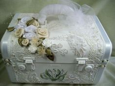 Bridal Memory Train Case - Handpainted - whites and creams - Vintage - Bride | eBay, great idea!!!!