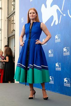 Style d'Amy Adams àla Mostra de Venise - posted by may grande at…