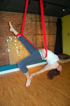 Aerial Sling (Aerial Hammock) Moves! The Fish Out of Water Invert - wrapped calf variation