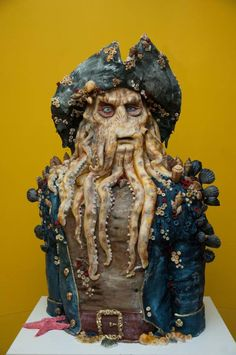 Davy Jones Pirate of the Carebbean - Cake by GRGA. Maybe not pretty, but OMW! Pretty Cakes, Cute Cakes, Beautiful Cakes, Amazing Cakes, Amazing Birthday Cakes, Davy Jones, Crazy Cakes, Disney Themed Cakes, Disney Cakes