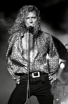 http://custard-pie.com/ SUPER HOT WHILE OLDER.....IN BETTER SHAPE he one and only Robert Plant!