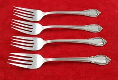 Set of 4 Salad Forks Remembrance by 1847 Rogers Bros Silverplate Flatware #1847RogersBros