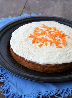 Sunnere kaker til 17.mai - mine 12 beste oppskrifter! - LINDASTUHAUG A Food, Food And Drink, Low Carb Sweets, Cooking Recipes, Healthy Recipes, Healthy Food, Sweets Cake, Nom Nom, Cheese