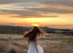 Modeling Modeling, Celestial, Sunset, Outdoor, Outdoors, Modeling Photography, Sunsets, Fashion Models, Outdoor Games
