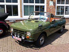 Wartburg Kübelwagen buoyant on behalf of MDI. In favor of Trabant Kä … - Motor Vehicles Fiat 500, East German Car, Europe Car, Kei Car, Cabriolet, Weird Cars, Mini Trucks, Rv Trailers, Commercial Vehicle