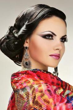 """""""Beauty for Life"""" Makeup Art by Sandu Iuliana, Arabic and Indian Makeup. Pakistani Makeup, Bollywood Makeup, Indian Makeup, Indian Beauty, Exotic Makeup, Arabic Makeup, Asian Bridal Hair, Bridal Hair And Makeup, Wedding Makeup"""