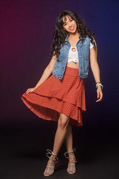 "The ""Bidi Bidi Bom Bom"" Look | We Created Five Modern Day Outfits Inspired By Selena Quintanilla"