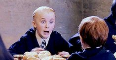 When draco is scared😱😱 Harry Potter Friends, Harry Potter Draco Malfoy, Draco And Hermione, Harry Potter Facts, Harry Potter Characters, Harry Potter Fandom, Harry Potter World, Draco Malfoy Imagines, Severus Snape