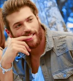 Can Yaman Bite me Turkish Men, Turkish Actors, Handsome Celebrities, Beard Lover, Actrices Hollywood, Hot Actors, Attractive Men, Good Looking Men, Best Actor