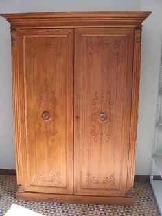 armario rustico 2 puertas, 1200 €
