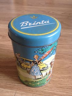 oude blik brinta Vintage Tins, Vintage Antiques, Milk Box, Spice Tins, Coffee Tin, Tin Boxes, Canisters, Household, Crates