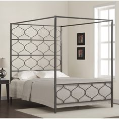 Metal,Queen Beds: Transform the look of your bedroom by updating possibly the most important furniture in the space, letting you create a grand feel or a serene retreat. Free Shipping on orders over $45!