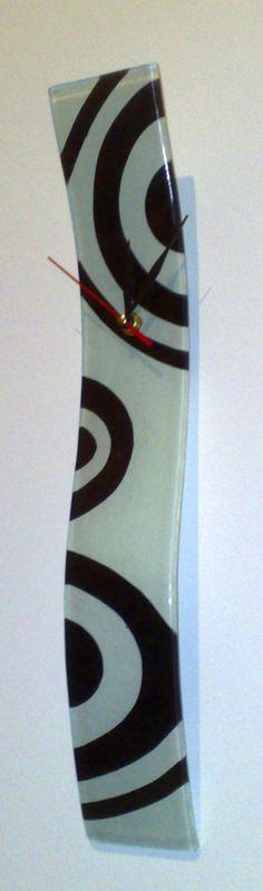 Designer Fusion Glass Clock - Icybid.com Best Ebay Alternative Online Auctions