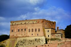 La rocca di San Giovanni d'Asso. Foto di Antonio Cinotti su http://www.flickr.com/photos/antoncino/9967715044