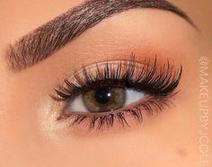 green eyes + eyelash extensions