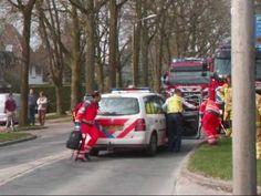 Ongeval met vrachtwagen en auto, inzet Ambulance, Brandweer en Lifeliner 2 Rescue Vlissingen - YouTube