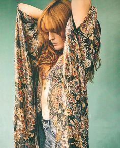 Florence Welch for Grazia Magazine France Estilo Boho, Florence Welch Style, Grazia Magazine, Gypsy, Florence The Machines, Moda Boho, Pentatonix, Vogue, Stevie Nicks