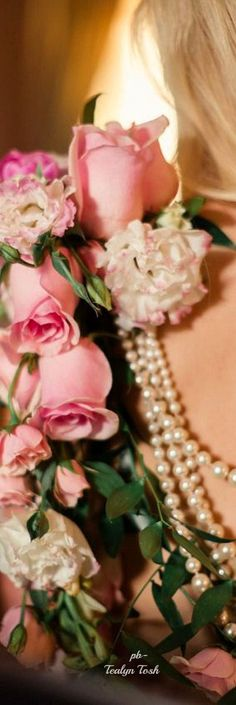 Colour scheme...pink, blush, white and pearls