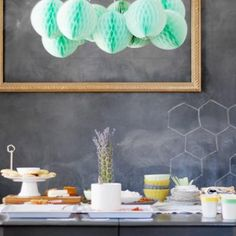 Honeycomb Baby Shower {hosting a baby shower}