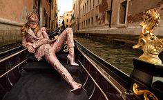 Magazine mode, beauté, joaillerie, défilés, culture, sorties, votre magazine mode Vogue.fr - Page 2 | Vogue