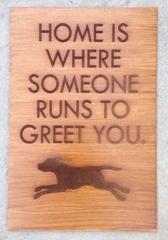 Quadro Cachorro (lar é onde alguém corre para comprimentar você) - mdf 3 mm gravado a laser - decoração em envelhecimento