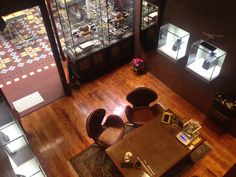 Raphael Jewellers new boutique now open on the ground floor of The Strand Arcade.