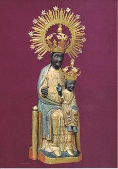 Sant Llorenc de Morunys Mare de Deu dels Colls Mother of God of the Mountain Pass Blessed Mother Mary, Blessed Virgin Mary, Black Stone, Day Of Pentecost, Images Of Mary, Black Jesus, Mary And Jesus, Madonna And Child, Dark Ages