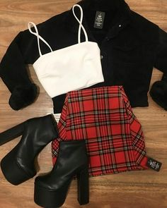 outfits-fashion Source by anetteisenbltter Mode anetteisenbltter bolsillo bsico Camp Con cuadrille Outfit ideen outfitsfashion Source Cute Casual Outfits, Edgy Outfits, Retro Outfits, Grunge Outfits, Fall Outfits, Summer Outfits, Christmas Outfits, Dance Outfits, Dress Outfits
