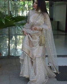 Designer Dresses for teens Pakistani Wedding Outfits, Pakistani Dresses Casual, Pakistani Wedding Dresses, Pakistani Dress Design, Bridal Outfits, Pakistani Designer Suits, Dress Indian Style, Indian Dresses, Indian Outfits