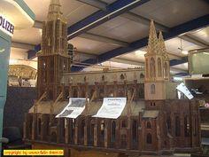 """Ausstellung """"Club der LGB-Freunde Rhein/Sieg"""" in Meckenheim am 19. + 20. März 2005: Dom"""