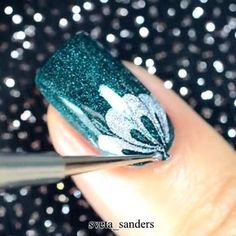 Amazing nails by @sveta_sanders Tag someone that would enjoy this Turn on notifications by nail.artists