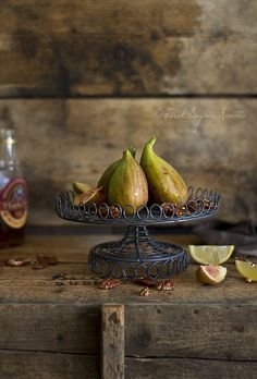 ♂ food photography Figs by bognarreni, via Flickr