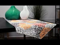 How to Sew a Reversible Table Runner (Tutorial) - YouTube